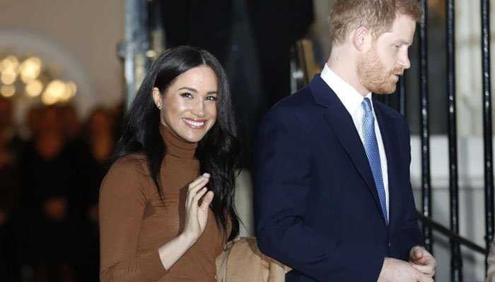 619100_5679527_harry-and-meghan_updates